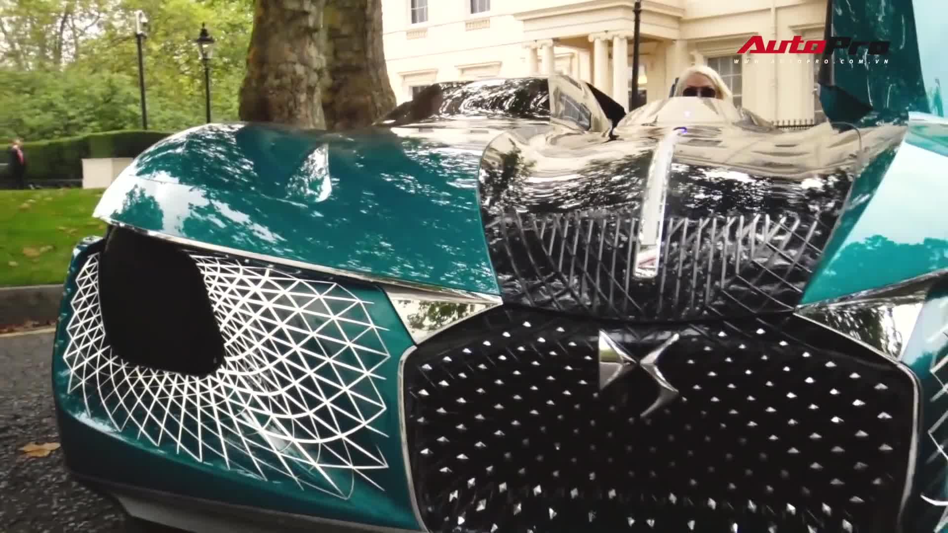 Khám phá xe tương lai: Bên cửa cánh chim, bên cửa cánh bướm, sàn kính và bất đối xứng