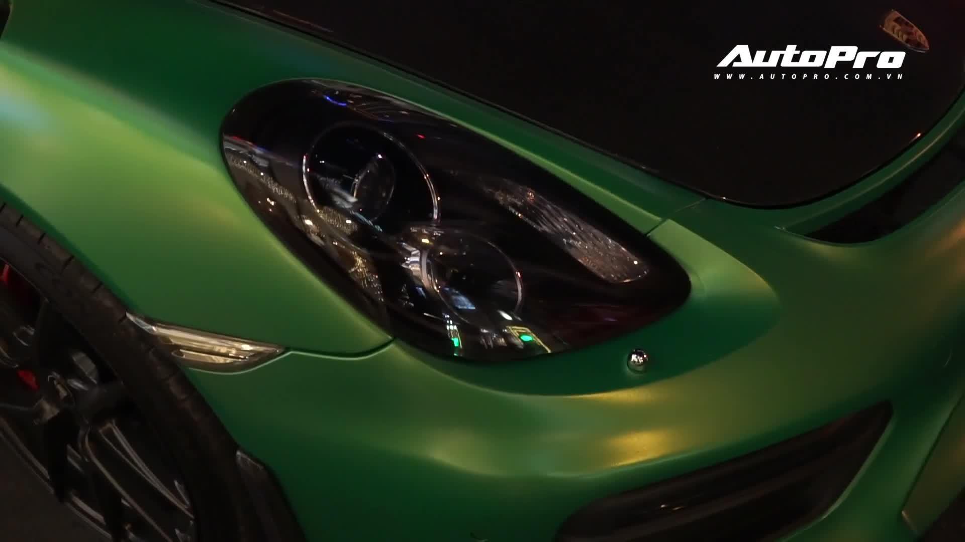 Dân chơi Sài Gòn độ Porsche Cayman phiên bản GT4
