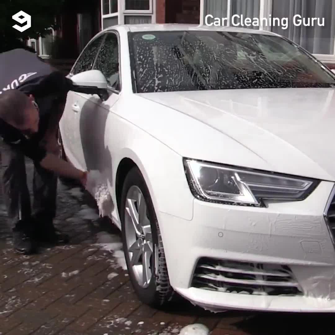 Đã mắt nhìn Audi A4 được rửa sạch tới 'chân tơ kẽ tóc'
