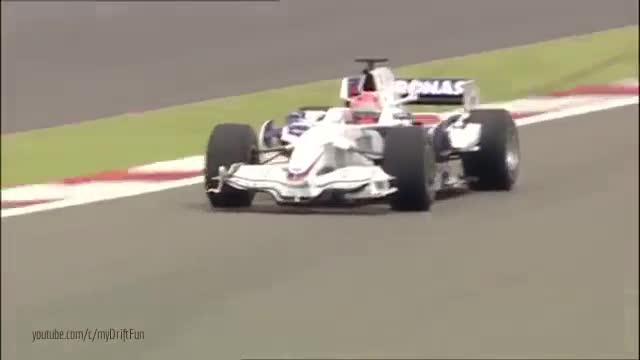 Cuộc đua gay cấn của anh em cùng nhà: BMW Sauber F1 đấu với BMW S1000RR