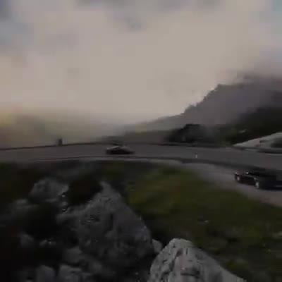 Ferrari LaFerrari vượt đèo theo phong cách không giống ai