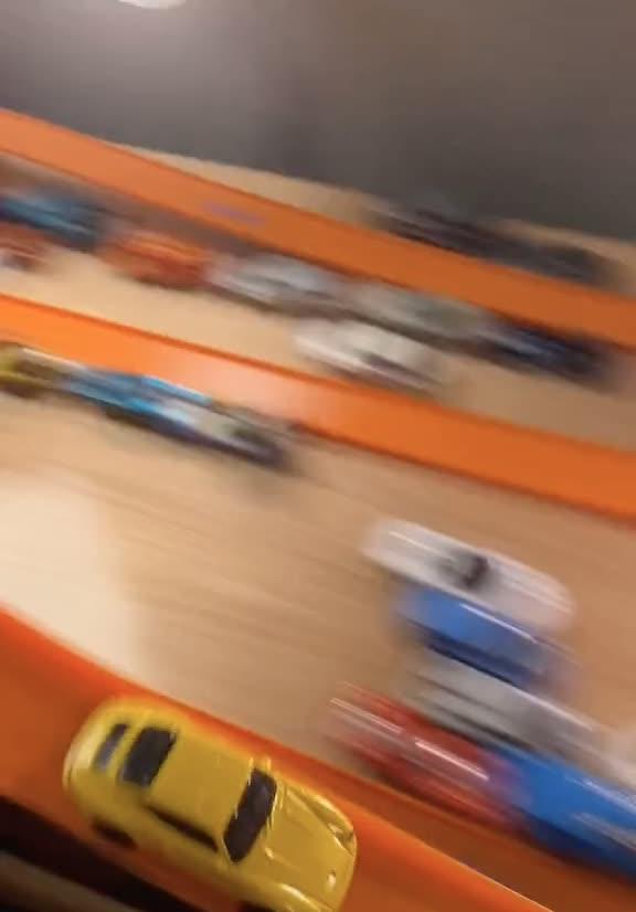 Bộ môn đua xe mới cho ai thích mô hình