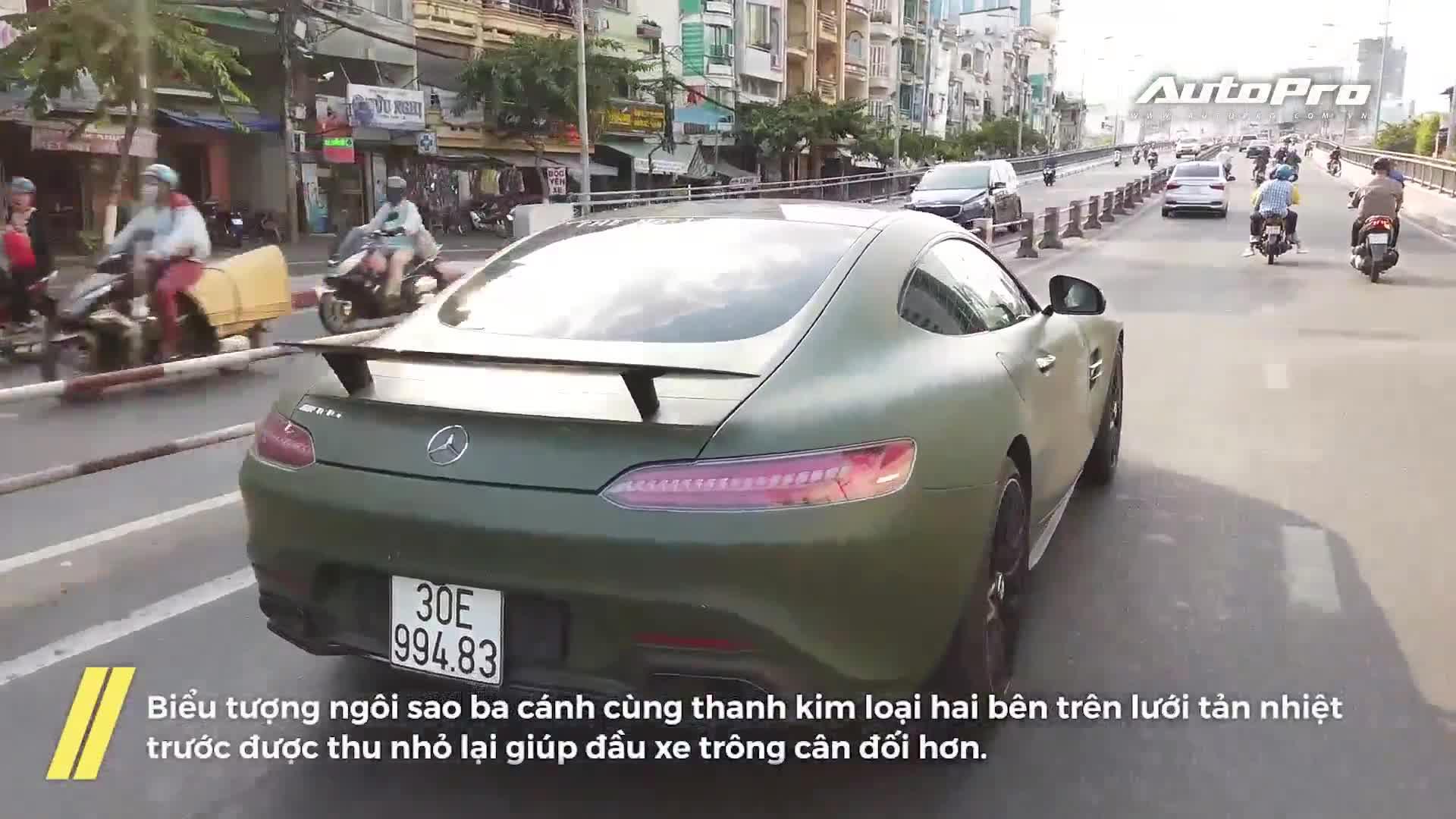 Mercedes-AMG GT S Edition 1 của ông Đặng Lê Nguyên Vũ bất ngờ xuất hiện trên phố Sài Gòn sau 3 năm vắng bóng