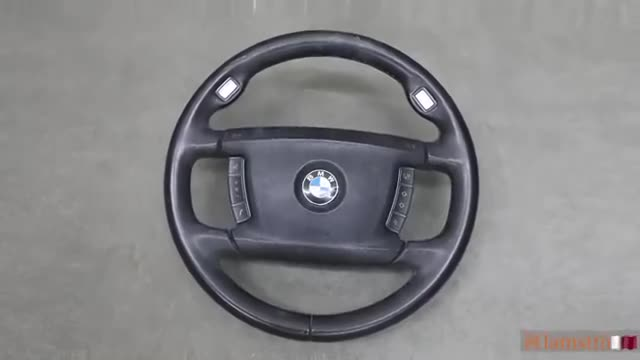 Tua nhanh quá trình làm đẹp vô-lăng cho BMW 7-Series theo phong cách không tưởng