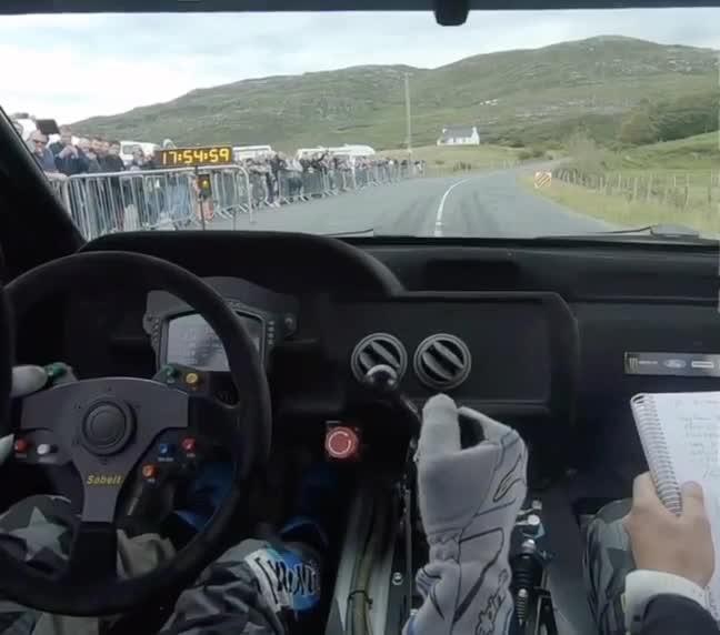 Đây là cách các tay đua WRC sang số