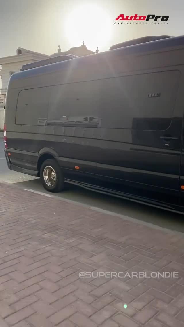 Khám phá nhanh chiếc Mercedes Van hạng sang, trang bị tiện ích đến tận răng