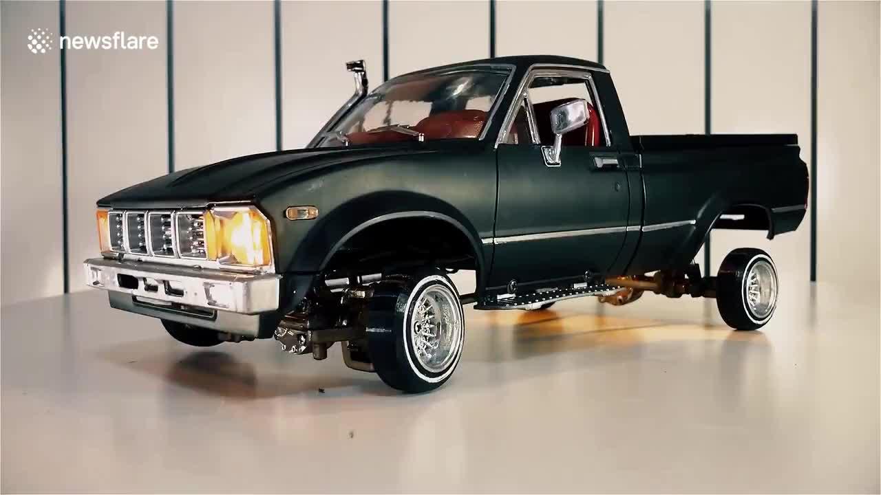 Độ xe mô hình: Chiếc bán tải này được lắp bộ giảm xóc nhún nhảy cực đỉnh