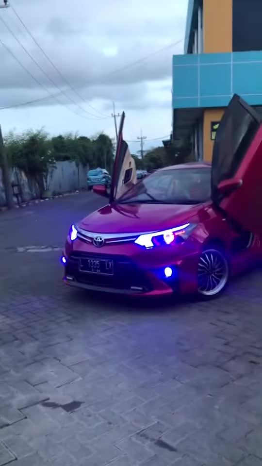 Ngắm nhìn bản độ Toyota Vios 'tới bến' của dân chơi Thái Lan