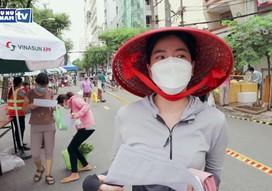 Người dân TPHCM phấn khởi với buổi đi chợ đầu tiên sau thời gian giãn cách