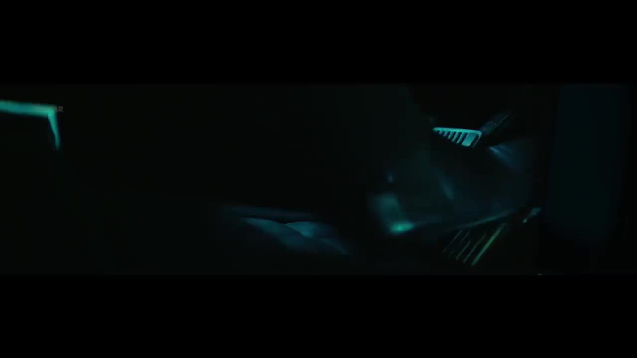 Chiêm ngưỡng vẻ đẹp của 'viên kim cương đen' Rolls-Royce Cullinan Black Badge 2020