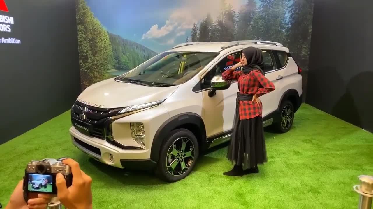 Chiêm ngưỡng Mitsubishi Xpander Cross vừa ra mắt