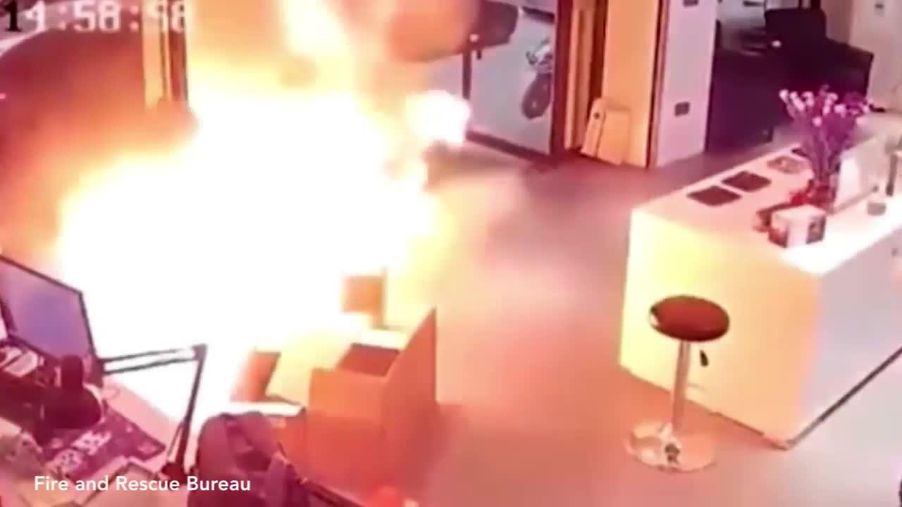 Khoảnh khắc pin xe điện phát nổ như bom ở Trung Quốc