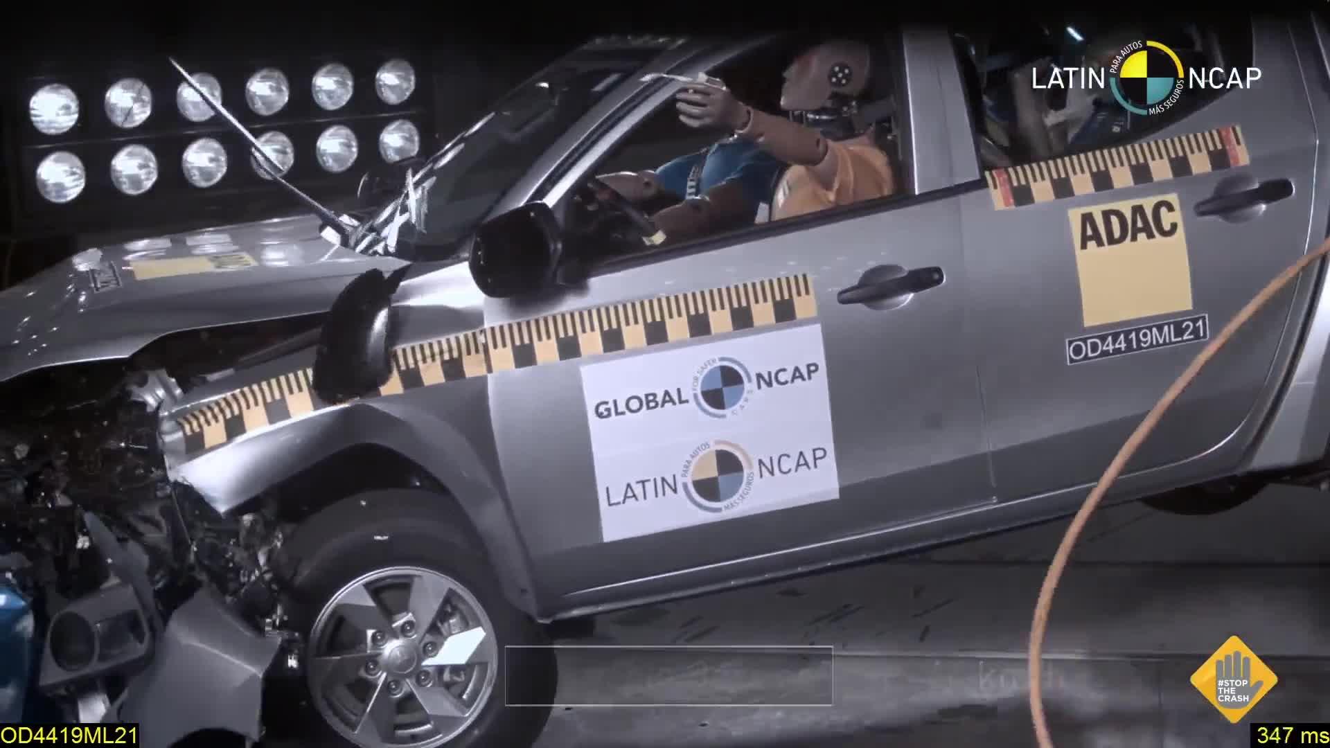 Xem Mitsubishi Triton bị 0 điểm an toàn vì không có túi khí