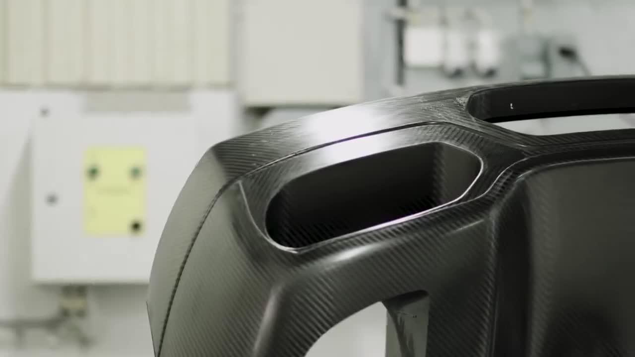 Quy trình thử nghiệm an toàn khắc nghiệt bậc nhất thế giới của hãng siêu xe Koenigsegg