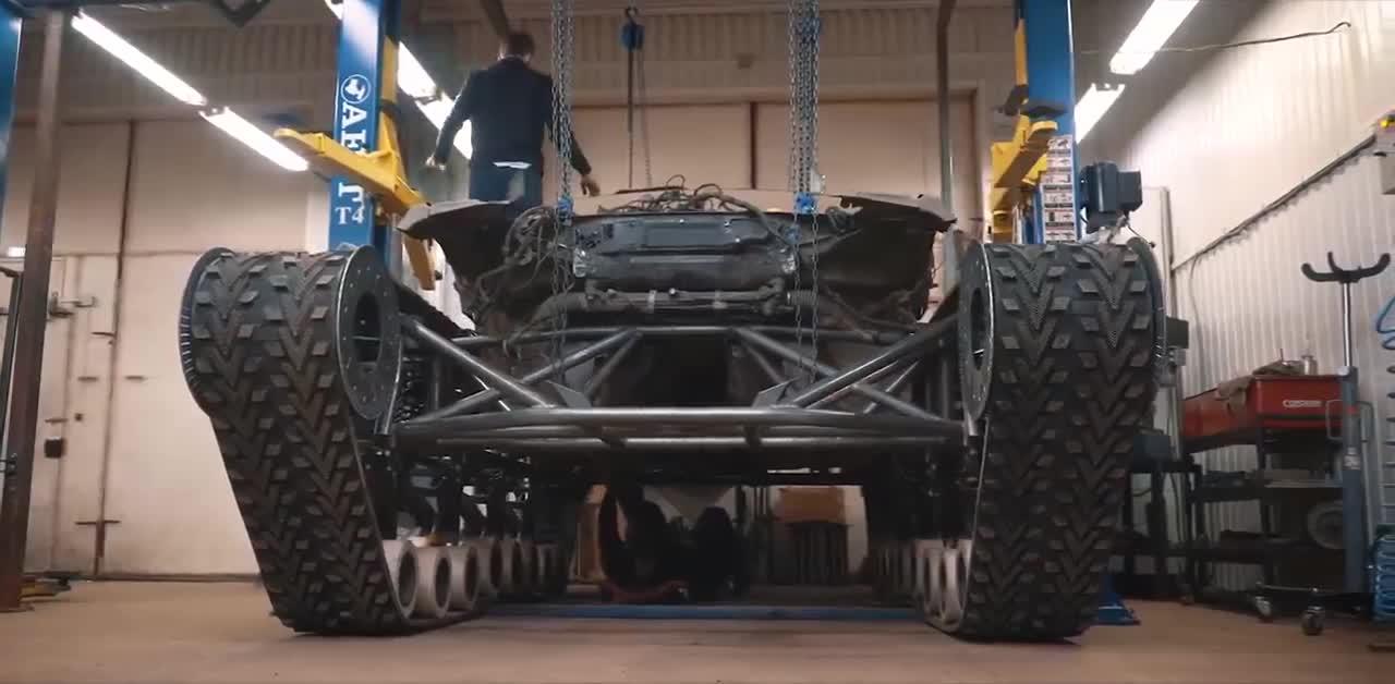 Công đoạn chế tạo Bentley Ultratank