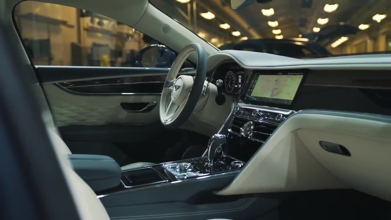 Chi tiết Bentley Flying Spur 2020