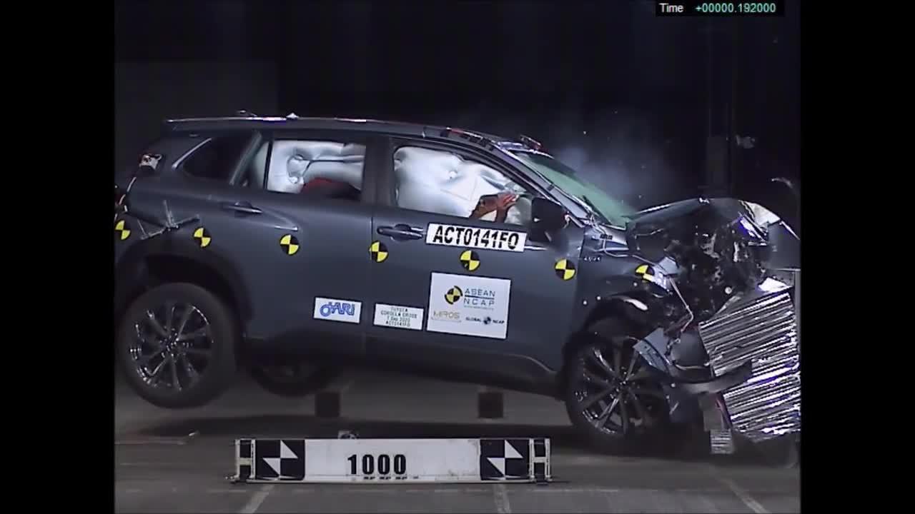 ASEAN NCAP chấm 5 sao cho Toyota Corolla Cross