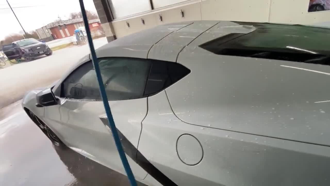 Ưu/nhược điểm về tính năng và thiết kế Chevrolet Corvette C8
