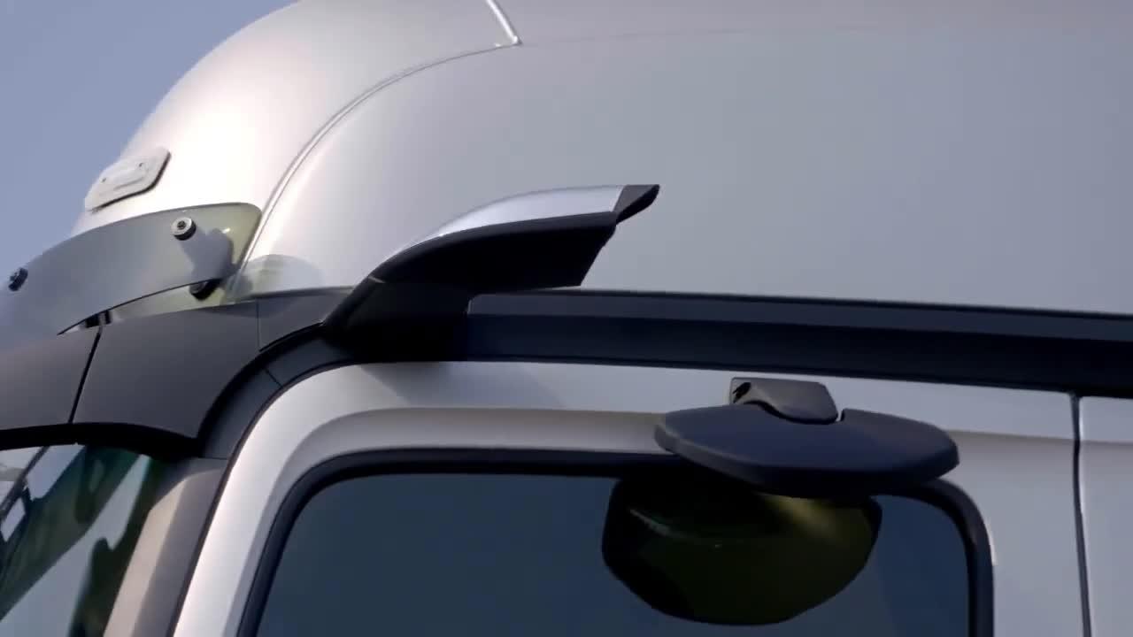 Công nghệ MirrorCam trên Mercedes-Benz Actros
