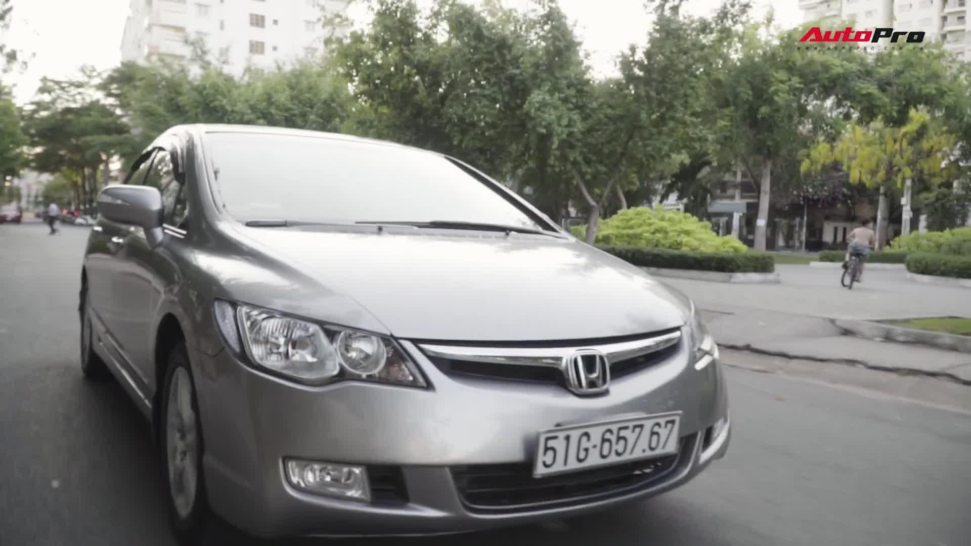 Người dùng chia sẻ về Honda Civic nhập sau 10 năm sử dụng