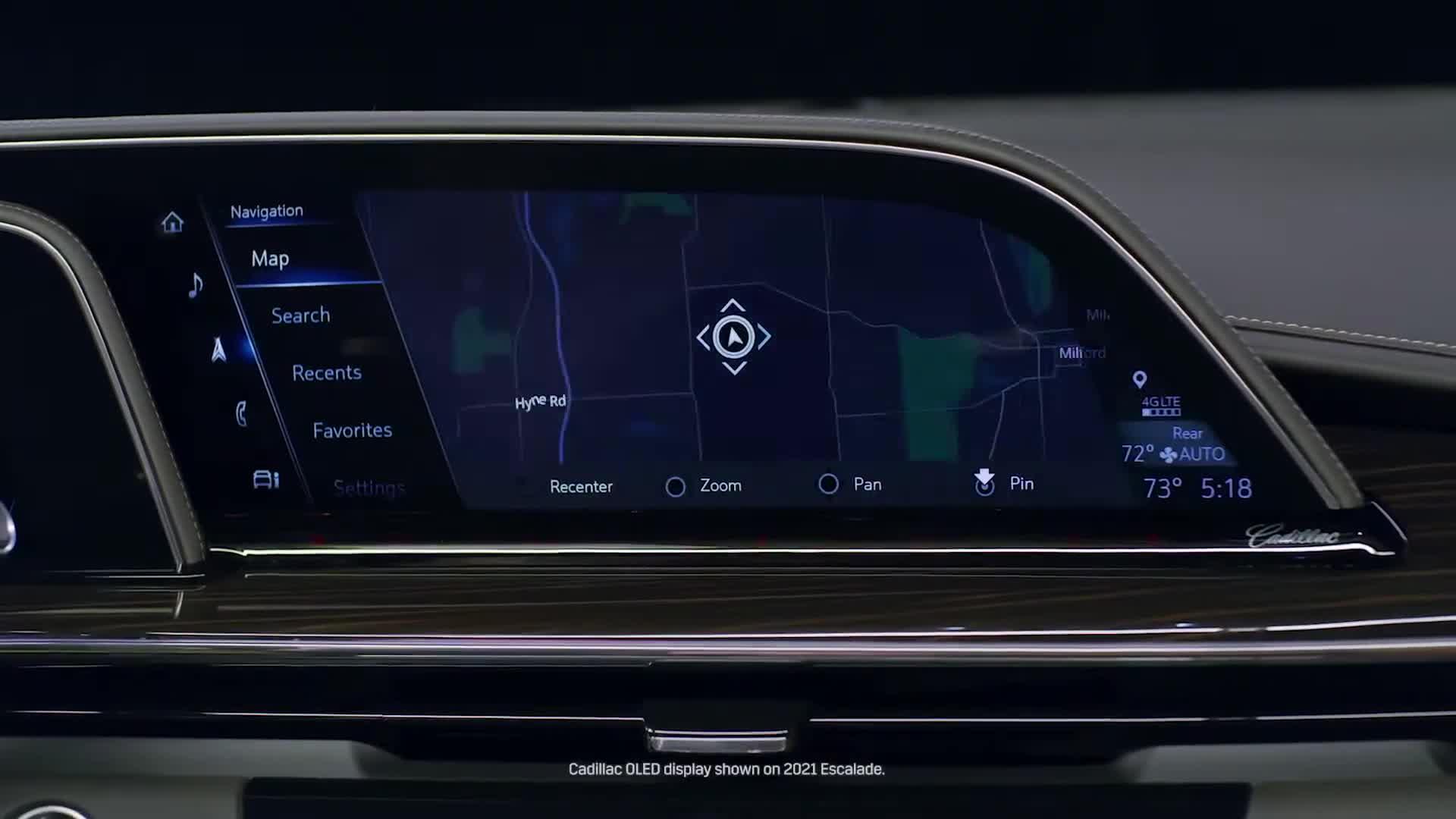Cadillac Lyriq chuẩn bị ra mắt đầu Mercedes EQS