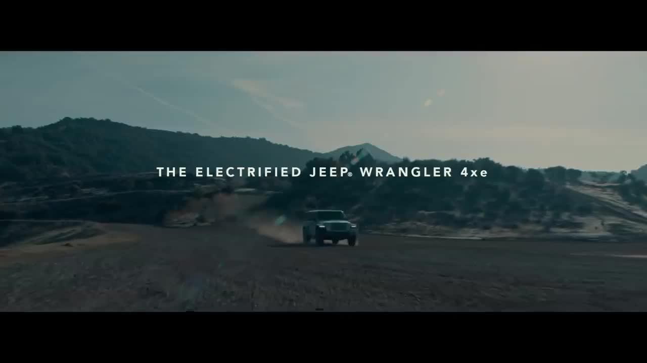 Jeep Wrangler Hybrid sạc điện - Đối thủ đáng gờm cho Ford Bronco
