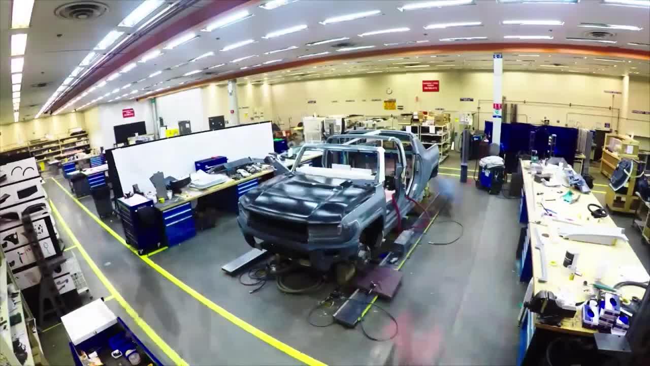 GMC Hummer EV trở lại với teaser mới
