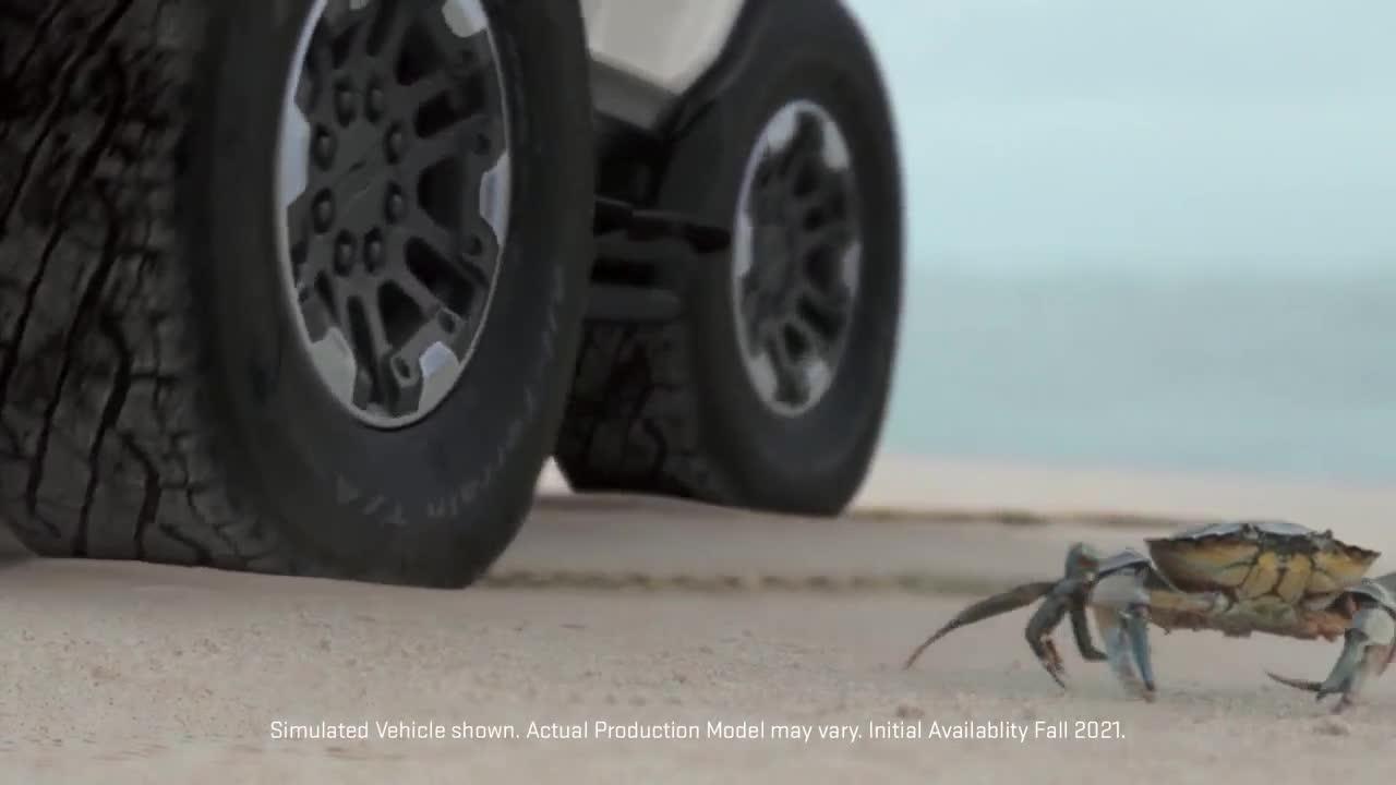 GM khoe công nghệ 'bò ngang như cua' của Hummer mới