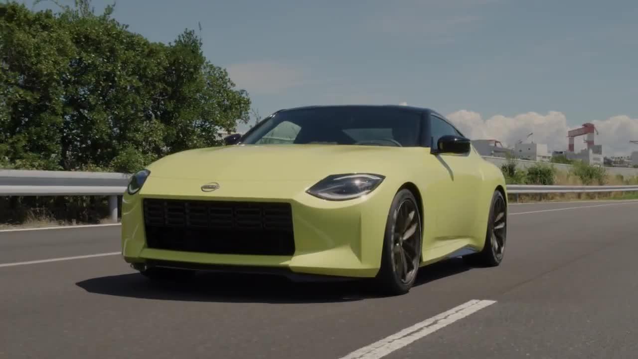 Nissan Z Proto: Bản nháp của 400Z mới?