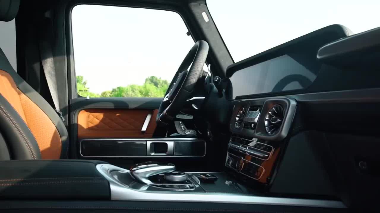 Khám phá Mercedes-AMG G 63 MBS bản 4 chỗ cho VIP