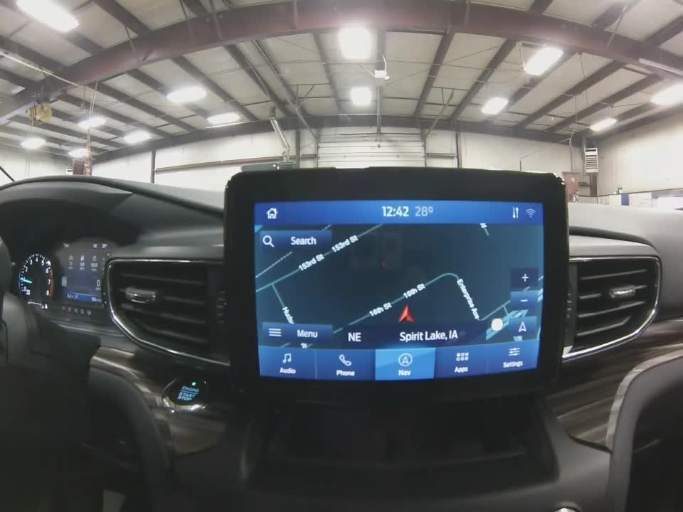Soi chi tiết Ford Explorer Limited 2021 tại Mỹ