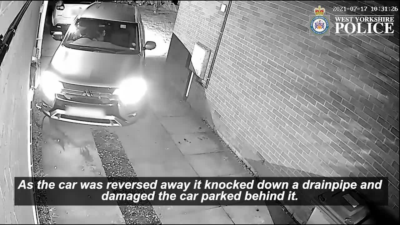 Thiết bị nhỏ như điện thoại giúp trộm phá khóa xe dễ như chơi
