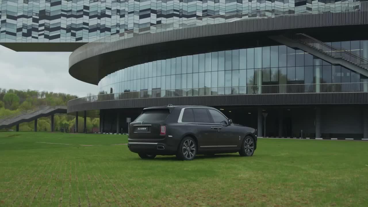 Rolls-Royce Cullinan Klassen chống đạn đỉnh cao