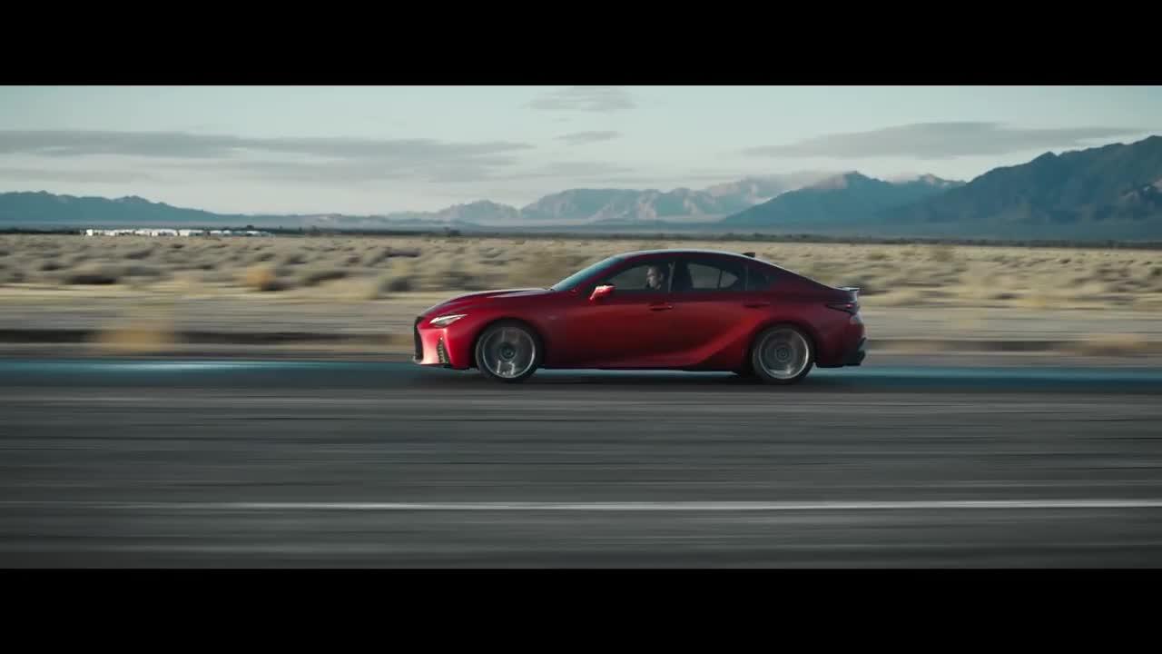 Chi tiết Lexus IS 500 F Sport