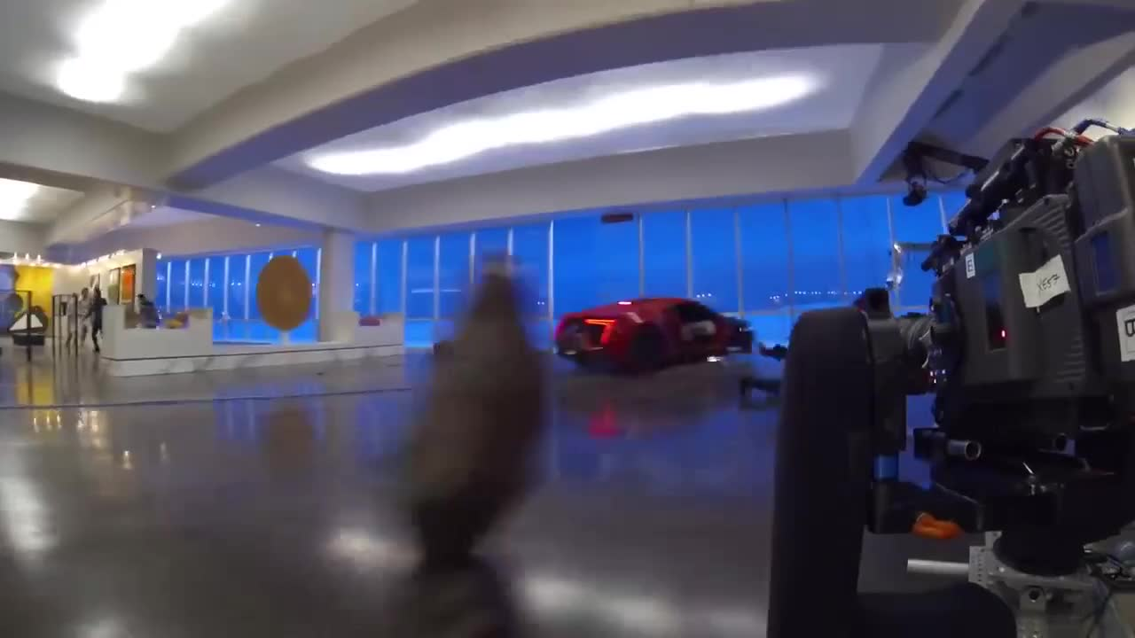 Lykan HyperSport trong Fast & Furious 7