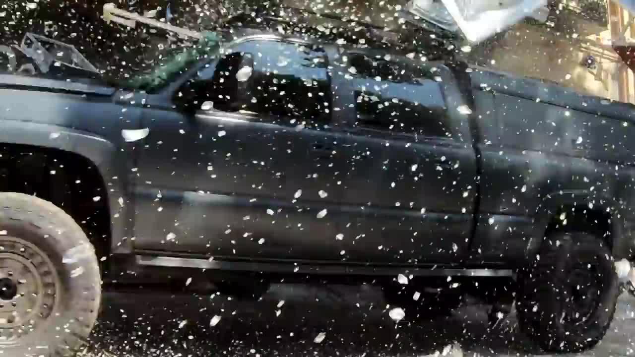 Fast and Furious 9 tung hậu trường 'phá xe'
