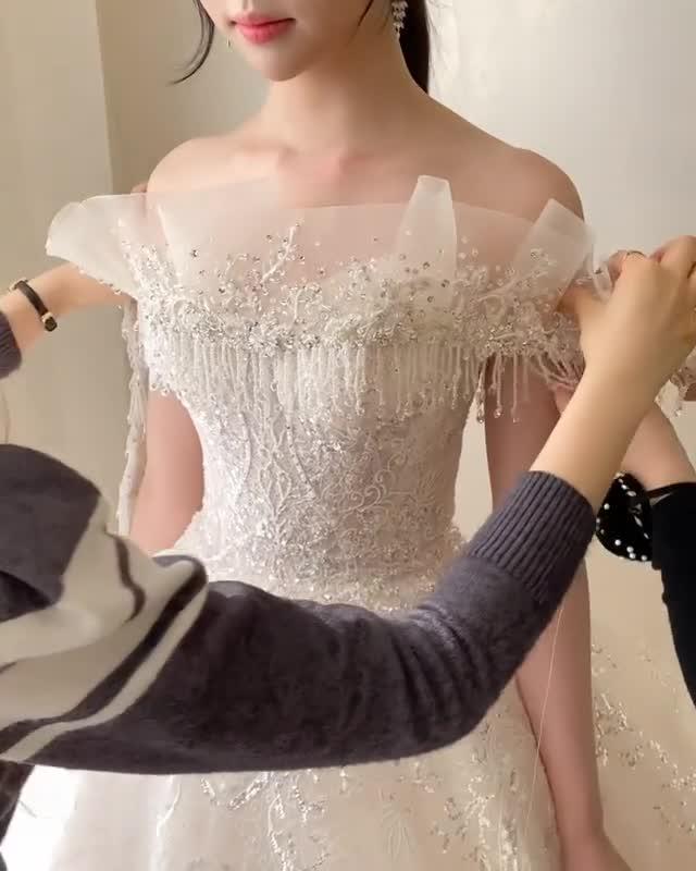 Nhiều nàng sẽ thích mê kiểu váy cưới công chúa này