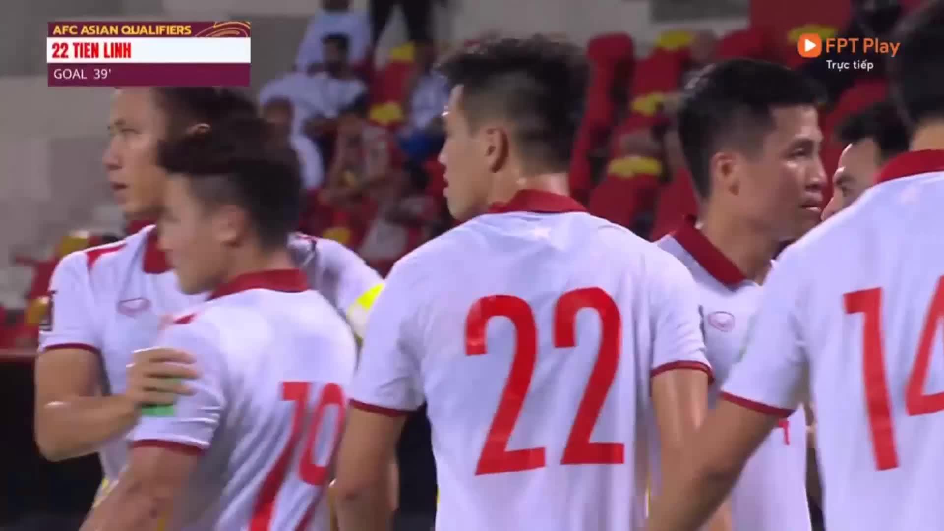 Tiến Linh ghi bàn mở tỉ số trước ĐT Oman
