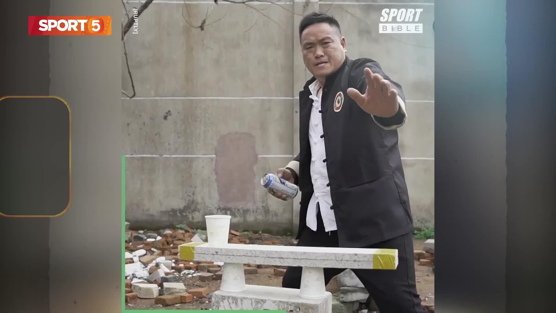 Võ sư Kung Fu sở hữu bàn tay cứng như sắt