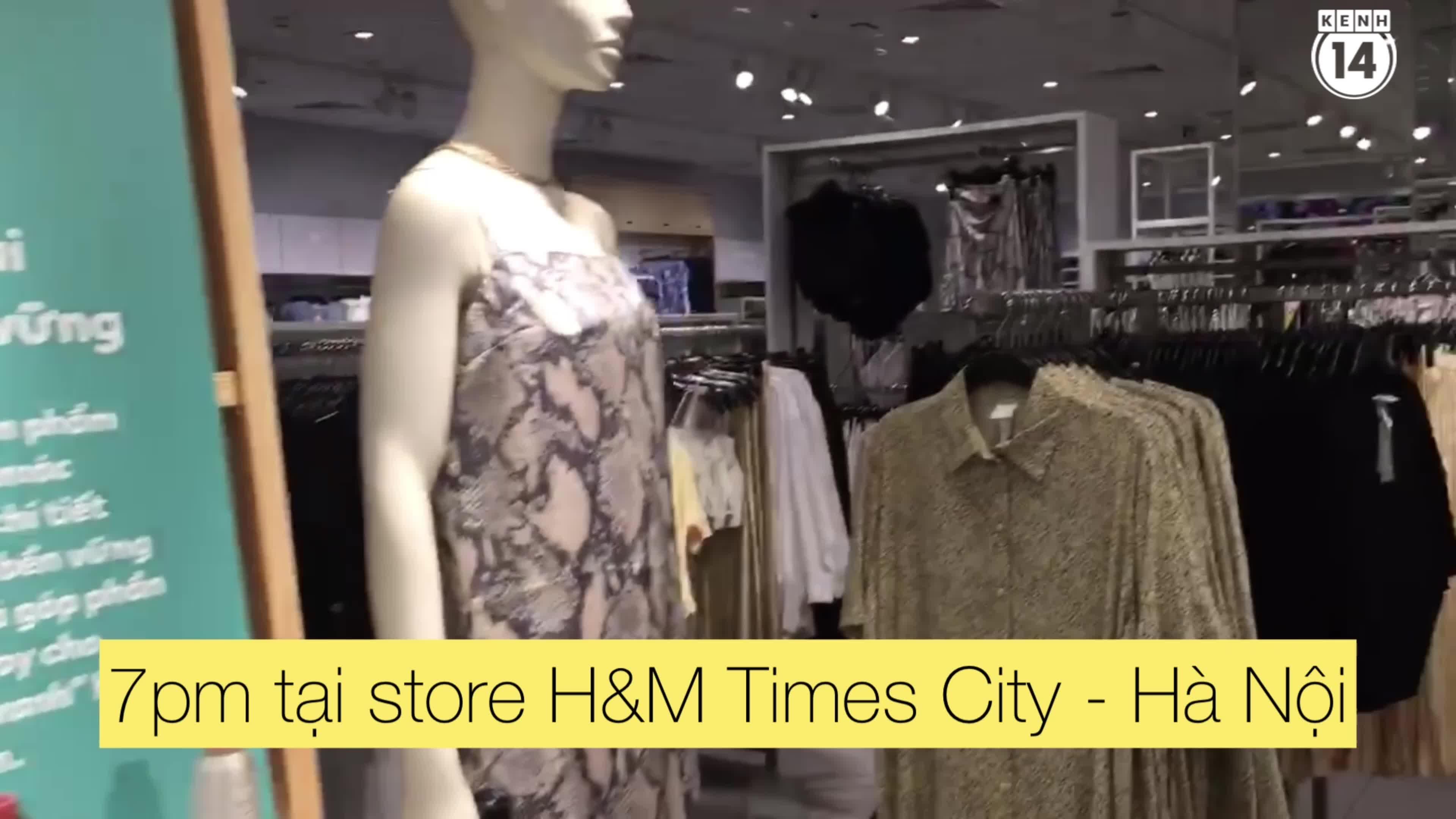 Các store của H&M tối nay: Nơi vắng vẻ ảm đạm, nơi đông đúc tấp nập
