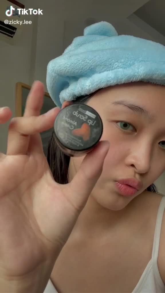 Show Your Best Contest: Cô bạn @zicky.lee không những khoe da xinh mà còn share cách selfile trước ống kính