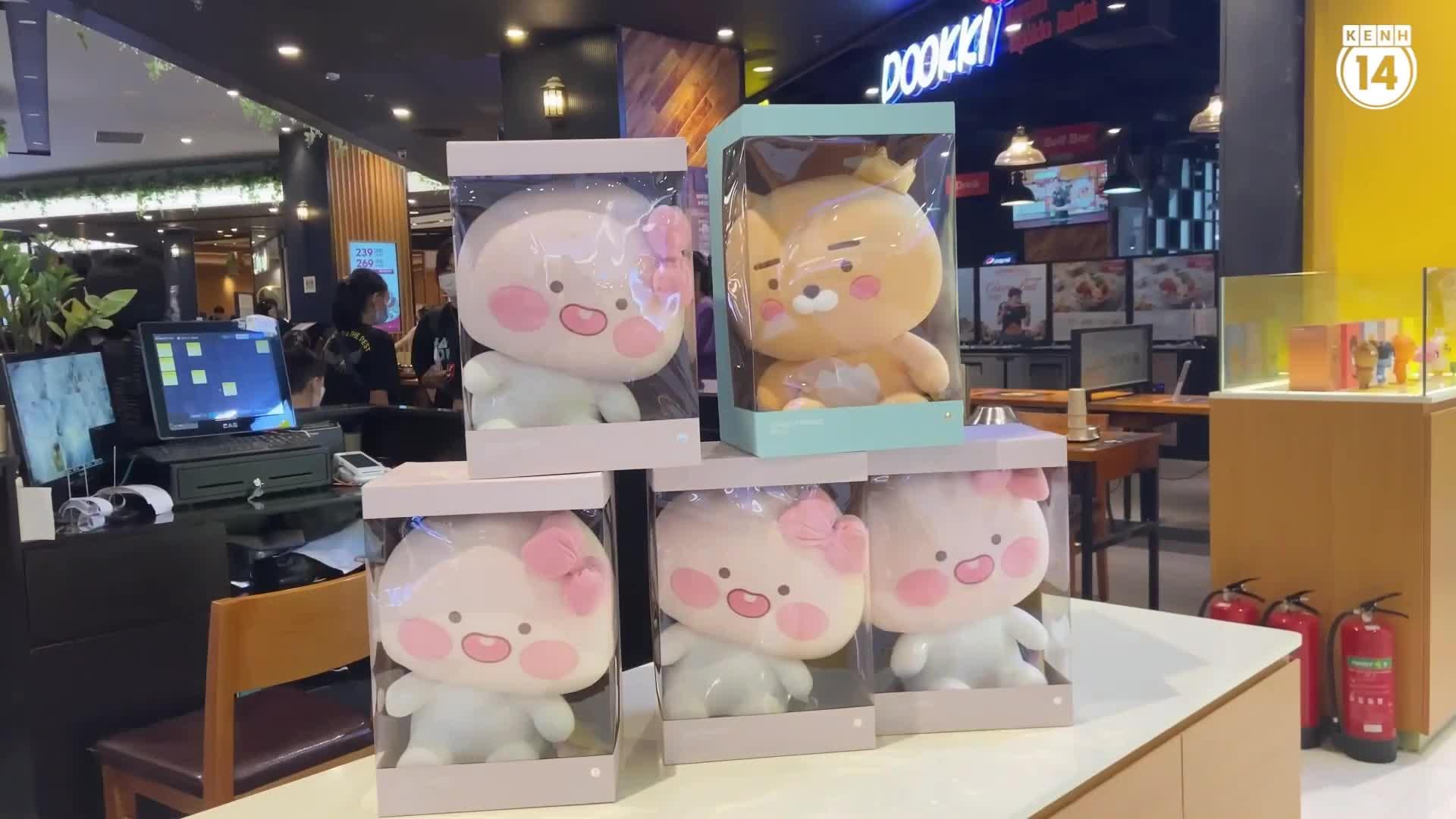 Cửa hàng Kakao Friends đầu tiên ở Hà Nội có gì?