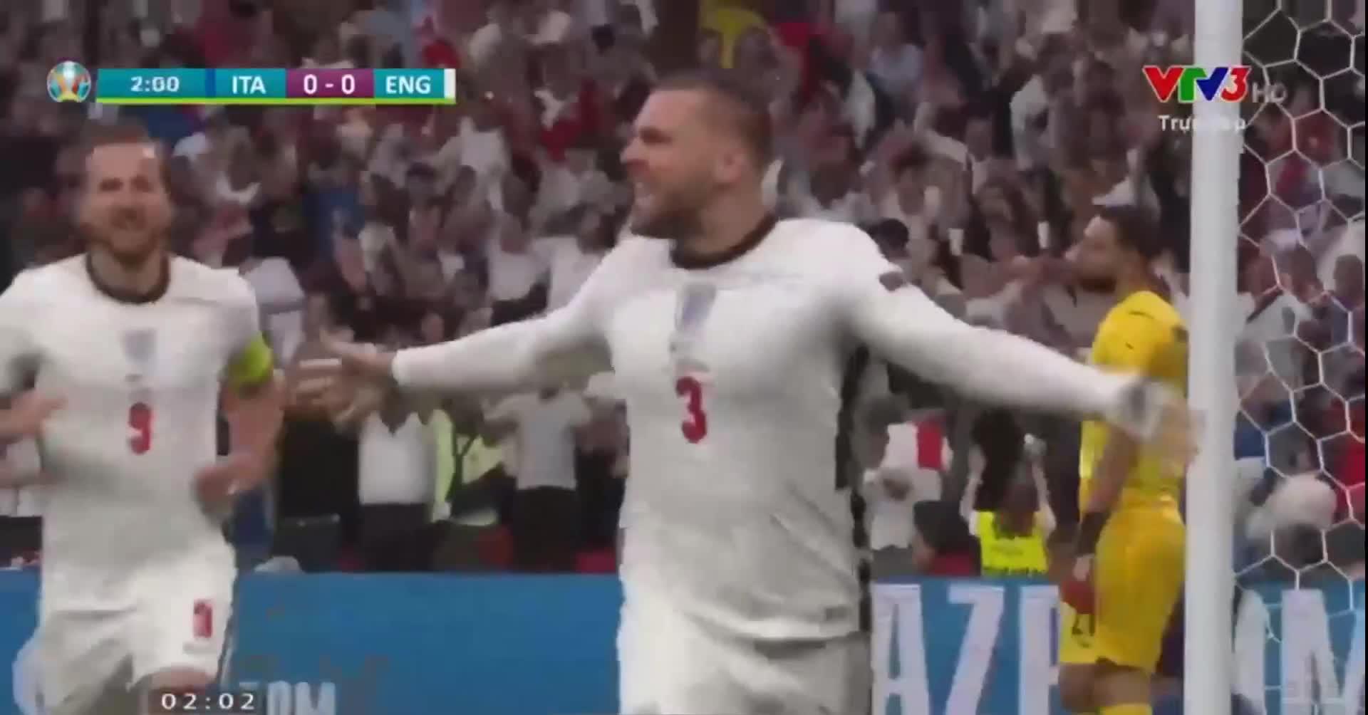Video: Khán giả Việt Nam chưa kịp úp bát mỳ, tuyển Anh đã mở tỷ số từ phút thứ 2!!!