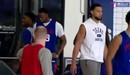 Ben Simmons tập luyện cùng Philadelphia 76ers với gương mặt giận dỗi