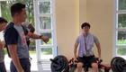 Công Phượng biểu cảm khó đỡ bị tập luyện thể lực trước HLV Kiatisuk