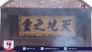 Các đại biểu dân tộc thiểu số dâng hương tưởng niệm các Vua Hùng