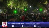 Không khí đón năm mới tại Hà Nội
