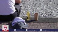 Pháp cấm đồ uống có cồn tại nơi công cộng