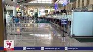 Sân bay vắng lặng, tàu bay đỗ la liệt tại Nội Bài