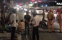 Ô tô điên đâm hàng loạt xe máy, 1 người chết, nhiều người nhập viện